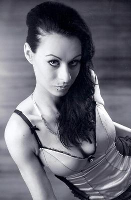 Model Nadine