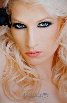 Model Jennifer