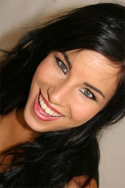 Model Larissa