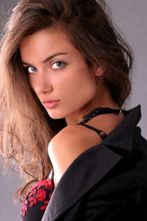 Model Angelina